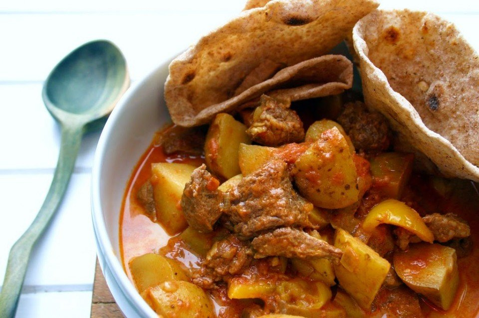 Chapati with Beef and Potato Curry