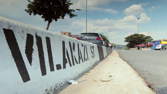 Vilakazi Street Written on the curb