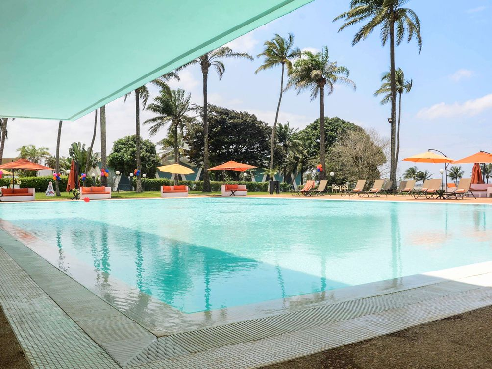 Hotels in Abidjan: Swimming Pool at the Hotel Ivoire
